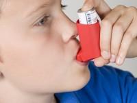 Dziecko chore na astmę i alergię w szkole – jak pomóc?